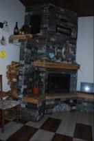 Vgrajen kamin v dnevno sobo